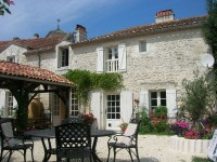 French property for sale in GOUT ROSSIGNOL, Dordogne - €499,900 - photo 2