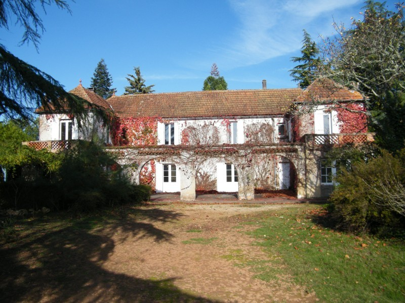 House for sale in cadouin dordogne open to offers for Renovation maison de maitre