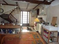 Maison à vendre à  en Charente - photo 1