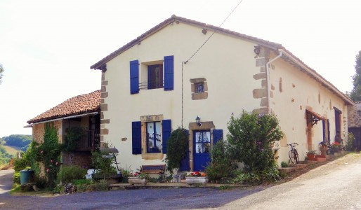 French property, houses and homes for sale in YVRAC ET MALLEYRAND Charente Poitou_Charentes