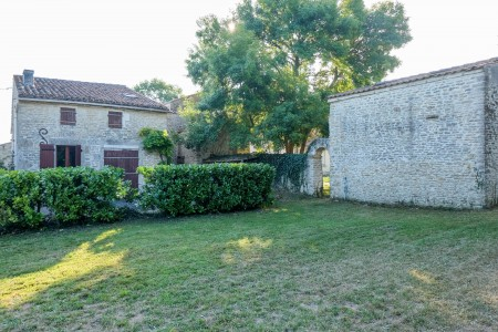 French property, houses and homes for sale in GENOUILLE Charente_Maritime Poitou_Charentes