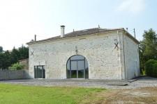 Maison très bon état avec belle vue, 3 chambres, jardin juste a cote Villebois Lavalette