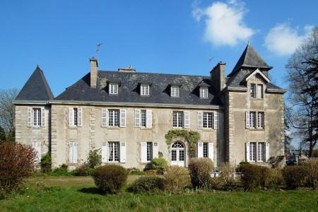 French property, houses and homes for sale in PLOUESCAT Finistere Brittany