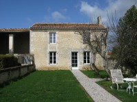 French property for sale in VOUHARTE, Charente - €499,900 - photo 5