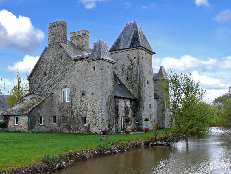 an elegant fortified 15th century ch teau in the heart of normandy. Black Bedroom Furniture Sets. Home Design Ideas