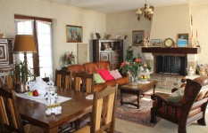 French property for sale in LE BUGUE, Dordogne - €198,720 - photo 4