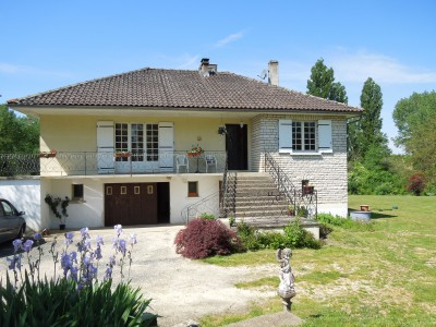 French property, houses and homes for sale in Brantome. Dordogne Aquitaine