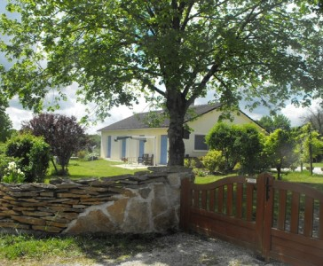 French property, houses and homes for sale in AIZECQ Charente Poitou_Charentes