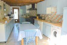 French property for sale in ST HILAIRE LA TREILLE, Haute Vienne - €278,200 - photo 5