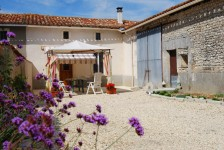 French property, houses and homes for sale inST AULAIS LA CHAPELLECharente Poitou_Charentes