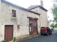French property for sale in PLAISANCE, Vienne - €51,000 - photo 4