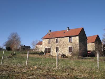 French property, houses and homes for sale in ST PRIEST DES CHAMPS Puy_de_Dome Auvergne