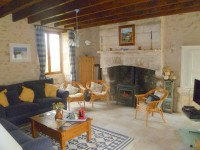French property for sale in CHAMPAGNE ET FONTAINE, Dordogne - €165,000 - photo 2