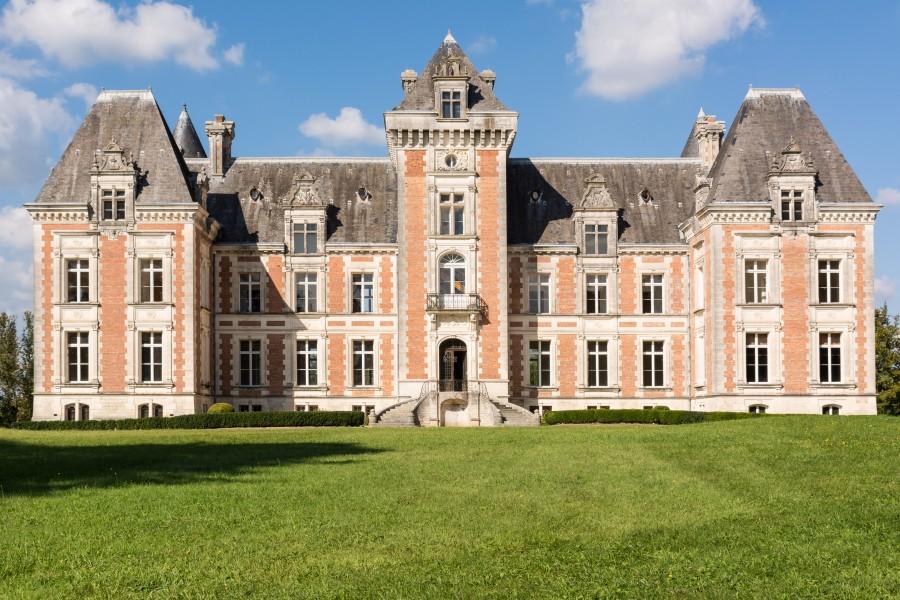Chateau à vendre à ST ESTEPHE(24360) - Dordogne