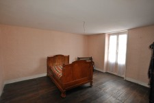 French property for sale in PRESSAC, Vienne - €31,000 - photo 10