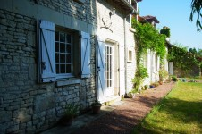 French property for sale in FAYE LA VINEUSE, Indre et Loire - €325,500 - photo 3