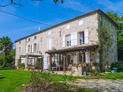 French property, houses and homes for sale in LUSIGNAN PETIT Lot_et_Garonne Aquitaine