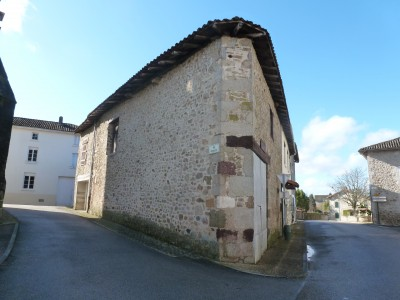 French property, houses and homes for sale in Vayres