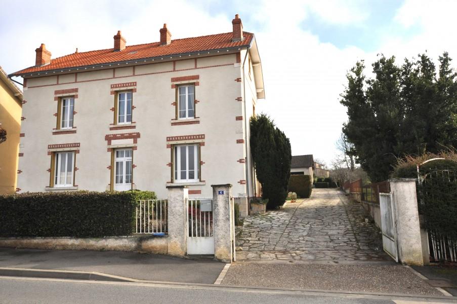 Maison à vendre à LISLE-JOURDAIN() -