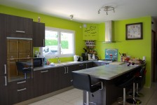 French property for sale in ROSTRENEN, Cotes d Armor - €299,600 - photo 2