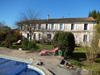 French property, houses and homes for sale in LES ARTIGUES DE LUSSAC Gironde Aquitaine