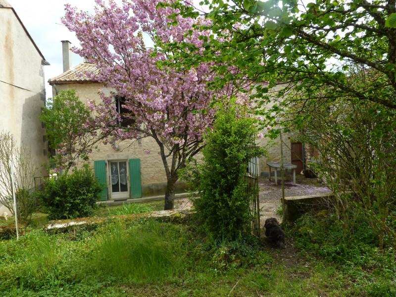 maison vendre en poitou charentes charente grassac maison avec grange attenante joli jardin. Black Bedroom Furniture Sets. Home Design Ideas