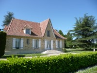 French property for sale in PINEUILH, Gironde - €487,600 - photo 2