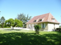French property for sale in PINEUILH, Gironde - €487,600 - photo 4