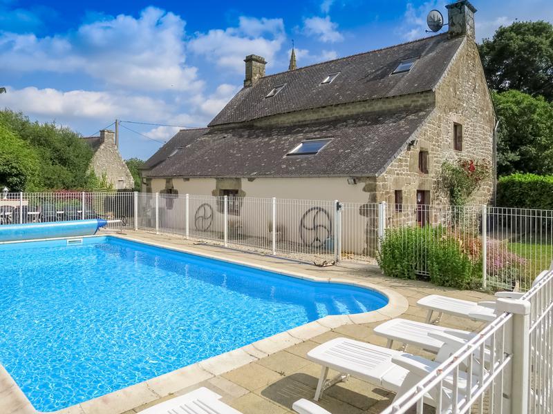 Maison vendre en bretagne morbihan melrand maison - Gite avec piscine bretagne ...