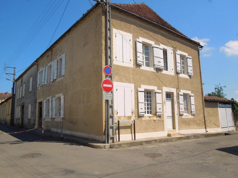 Maison vendre en midi pyrenees gers plaisance maison for Acheter maison gers