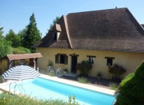 French property for sale in LE BUGUE, Dordogne - €315,650 - photo 2