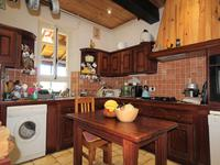 French property for sale in MONCRABEAU, Lot et Garonne - €249,900 - photo 5