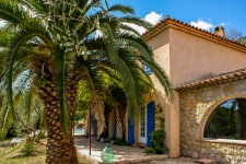 French property for sale in CALLIAN, Var - €620,000 - photo 9