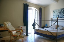 French property for sale in CALLIAN, Var - €861,000 - photo 6