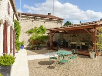 French property for sale in LONNES, Charente - €289,995 - photo 10
