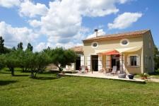 Maison à vendre à 30700, Gard, Languedoc_Roussillon, avec Leggett Immobilier