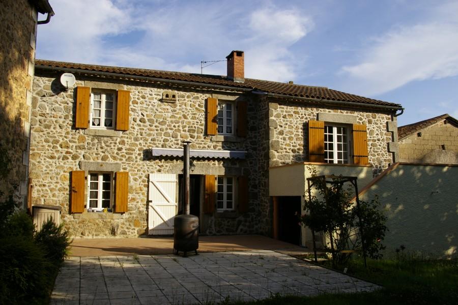 Maison vendre en aquitaine dordogne abjat sur bandiat for Acheter une maison en dordogne