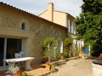 French property for sale in BLAYE, Gironde - €299,990 - photo 2