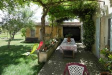 French property for sale in ISLE-SUR-LA-SORGUE, Vaucluse photo 1