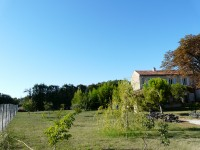 French property for sale in ISLE-SUR-LA-SORGUE, Vaucluse photo 2