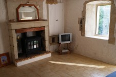 French property for sale in SAIRES, Vienne - €76,000 - photo 4