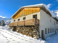 French ski chalets, properties in Le Bourg d'Oisans, Col d'Ornon, Alpe d'Huez Grand Rousses