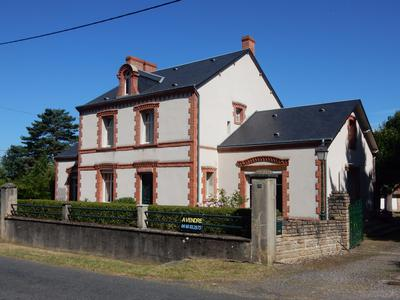 French property, houses and homes for sale in ST DENIS DE JOUHET Indre Centre