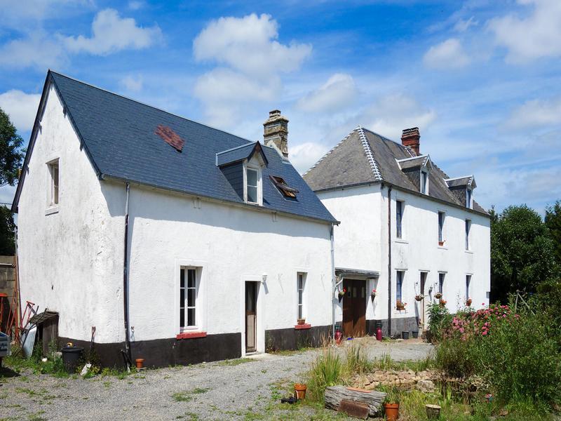 maison vendre en basse normandie manche periers maison de campagne avec maison r nover et. Black Bedroom Furniture Sets. Home Design Ideas