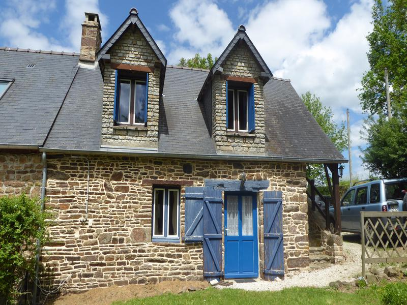 House for sale in domfront orne perfect holiday home for Houses for under 100k near me