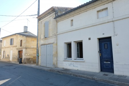French property, houses and homes for sale in ST MEDARD DE GUIZIERES Gironde Aquitaine