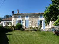 houses and homes for sale inST BONNET SUR GIRONDECharente_Maritime Poitou_Charentes