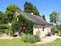 French property for sale in CUON, Maine et Loire - €270,000 - photo 2