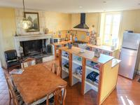 French property for sale in VARAIZE, Charente Maritime - €580,000 - photo 3