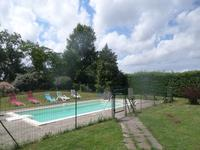 French property for sale in ST GENIS DE SAINTONGE, Charente Maritime - €424,000 - photo 2